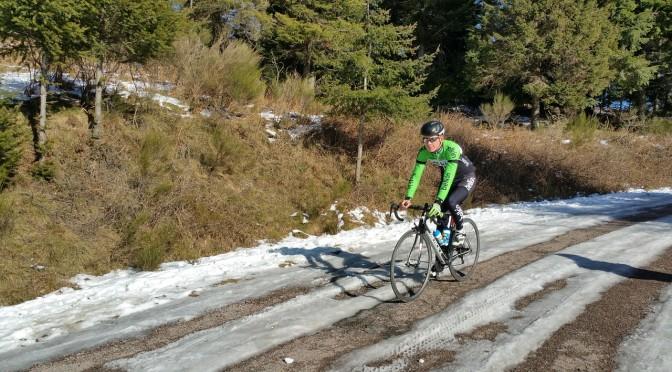 Køb billigt cykeltøj hos ProOwnedCycling